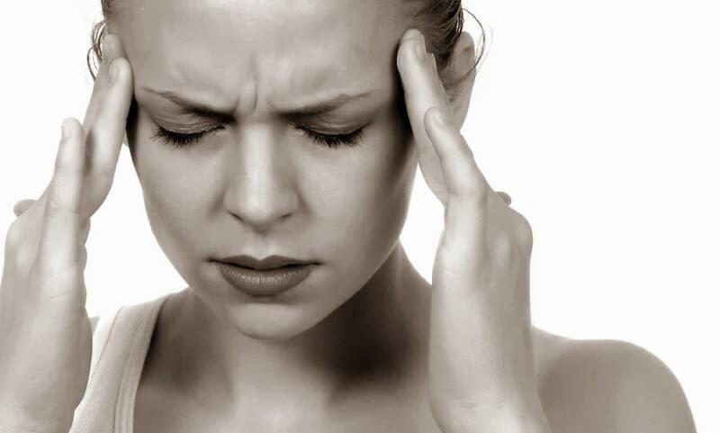 5 Makanan yang Bisa Bikin Kepalamu Sakit