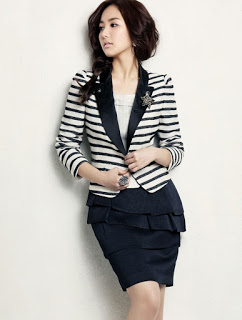 Pakaian Korea Wanita yang Trendy