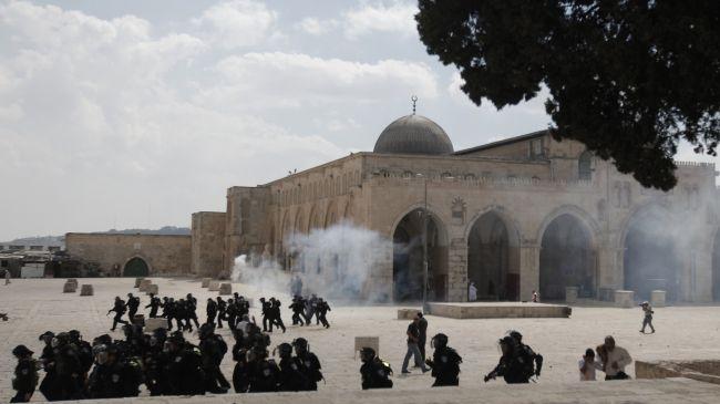 Israel Serang Masjidil Aqsa