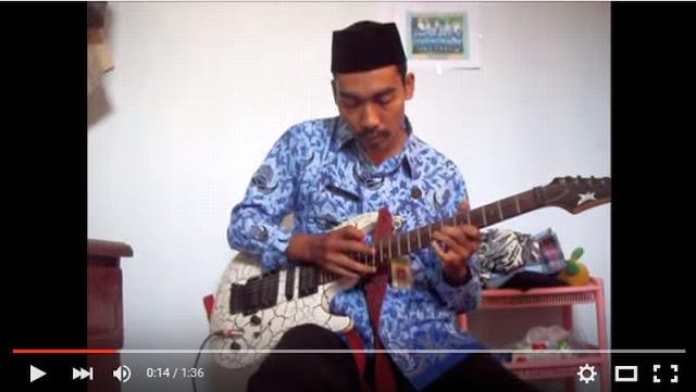 Video Keren Hymne Guru versi Metal