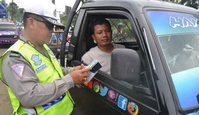 Hadiah Bagi Masyarakat yang Melaporkan Pelanggaran Polisi yang Berlaku Curang