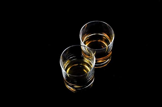 Ilustrasi Minuman Beralkohol