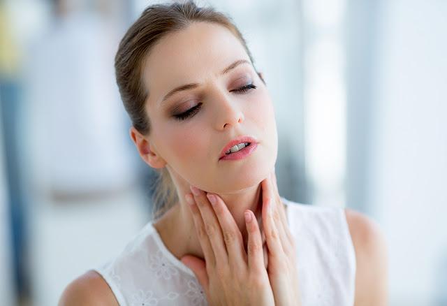 4 Tips Untuk Mencegah dan Mengatasi Radang Tenggorokan