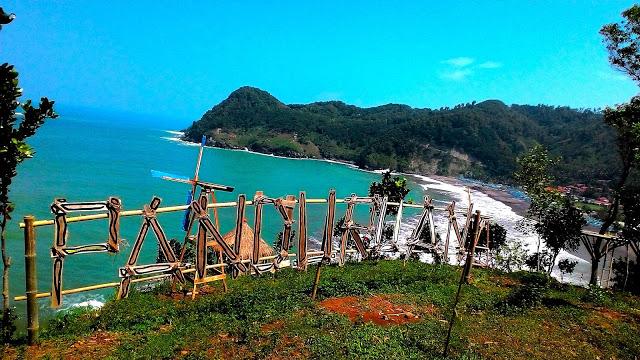 5 Pantai Dengan Panorama Pemandangan Terindah di Kebumen