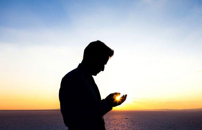 Ciri-Ciri Orang yang Allah Inginkan Kebaikan Selalu Ada Padanya