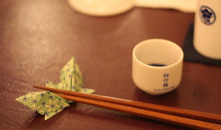 5 Kebiasaan Yang Kita Anggap Sepele Ini Ternyata Dianggap Tidak Sopan Di Jepang Loh!