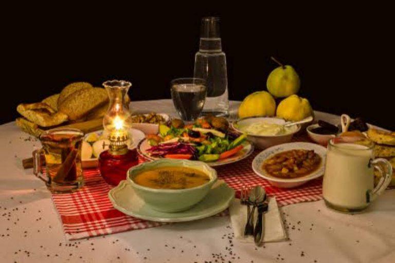 Makanan Sahur di Meja