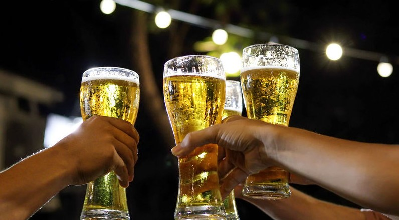 kebiasaan minum alkohol