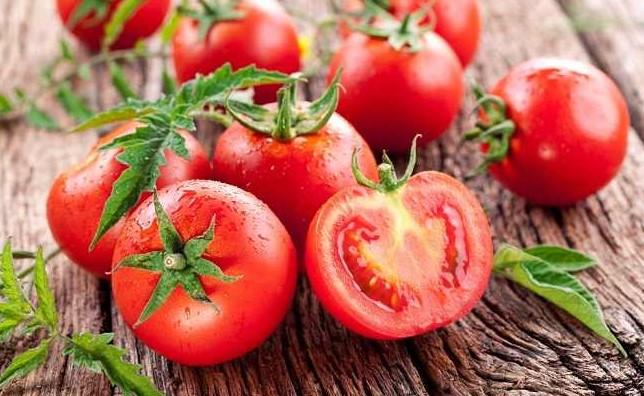 buah tomat sebagai penurun kolesterol